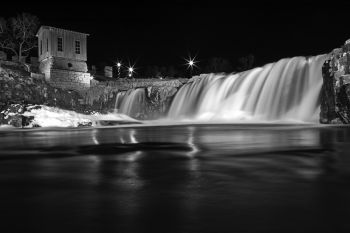 The falls of the Big Sioux at Falls Park in Sioux Falls.