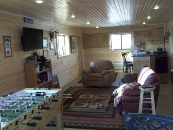 A typical guyshed mancave.