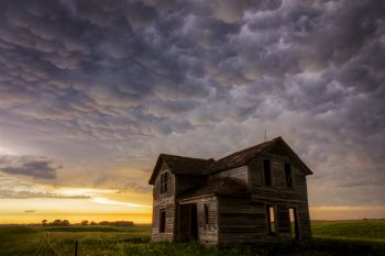 Mammatus clouds over an abandoned farmhouse in rural McCook County.