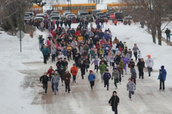 Runners brave the cold during the 2011 Beresford Frostbite Four. Photo by Dawn Coggins.