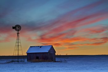 An early December sunset captured near Hartford, South Dakota. Click to enlarge photos.