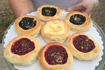 When Czech immigrants arrived in Dakota Territory in 1869, they brought a delicious dessert called the kolache, a small pastry usually filled with fruit, though today's cooks enjoy many filling variations.