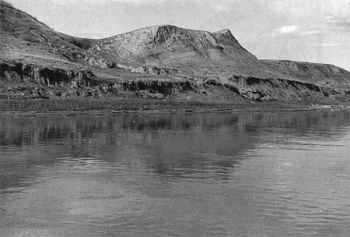 Along some areas on the Missouri River, hills rose from the water's edge. The nearly vertical banks made it difficult to find a place to secure the raft at night.